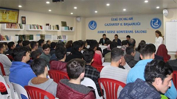 """Gaziantep Ülkü Ocakları """"İstiklal Marşı güzel okuma"""" yarışması düzenledi"""