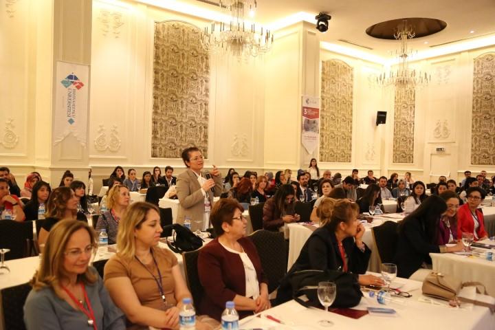 3'üncü Ulusal Dahili ve Cerrahi Yoğun Bakım Hemşireliği Kongresi Düzenlendi