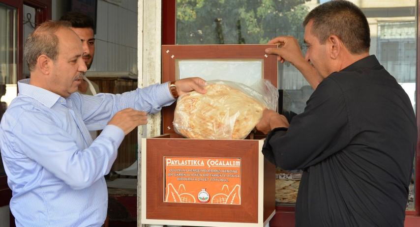 """OĞUZELİ Belediyesi'nden """"Askıda Ekmek Projesi'ne Tam Destek"""""""