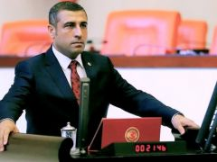 "MHP  Milletvekili Taşdoğan'dan ""CUMHURİYET"" mesajı"