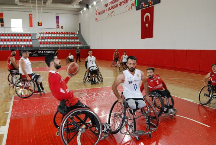 Gazişehir'in rakibi Beşiktaş