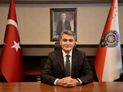 """Emniyet Müdürü Zeybek, """"Huzur ve refah dolu yarınlara ulaşmak için  şüphesiz ki el birliği ile çalışacağız"""""""