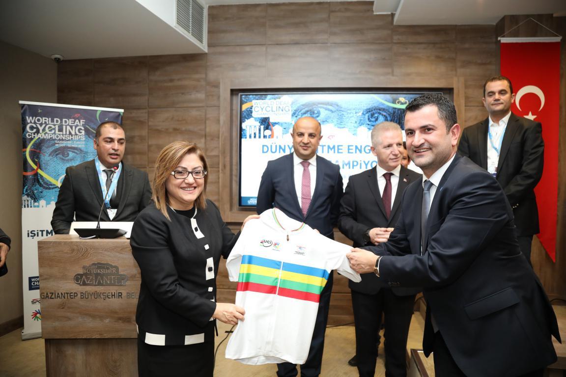 Dünya İşitme Engelliler Bisiklet Şampiyonası Gaziantep'te düzenlenecek