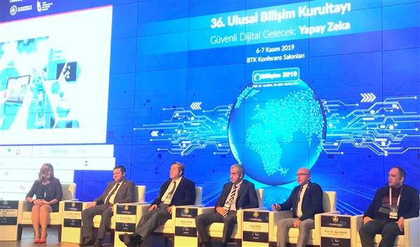 Bilişim Teknolojileri Ankara'da masaya yatırıldı
