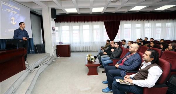 GAÜN'de Doğu Akdeniz ve Kıbrıs Meselesi Konferansı
