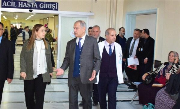 Milletvekili Bakbak yeni yılda tedavi gören hastaları ziyaret etti