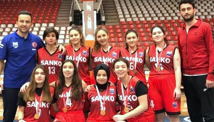 SANKO Okulları Basketbol başarısı