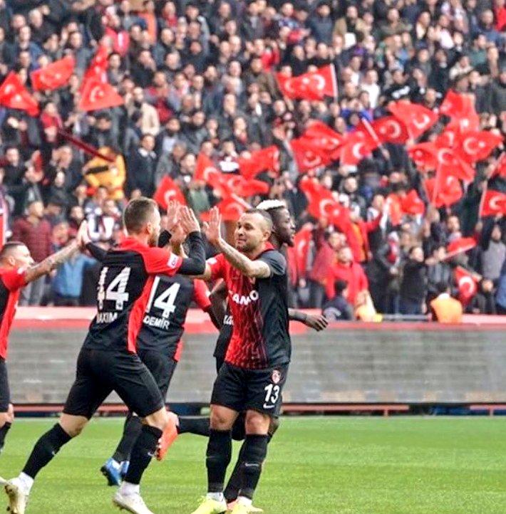 Lider Sivasspor, Gaziantep'te 3 puan kaybetti