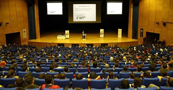 HKÜ, Binlerce Üniversite Adayı ile Diyarbakır'da Buluştu