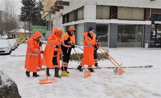 Şehitkamil Belediyesi 24 Saat kesintisiz çalışıyor