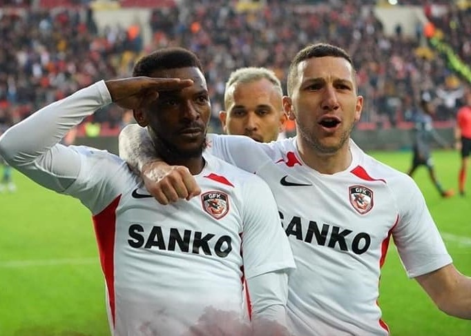 Gaziantep FK evinde Trabzonspor'a geçit vermedi