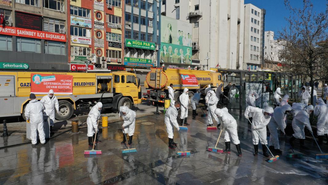 Büyükşehir Belediyesi Corona Virüs'e karşı çalışmalarını aralıksız sürdürüyor