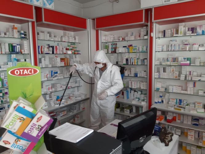 Maske dağıtımı öncesi Gaziantep'teki 500 Eczane dezenfekte ediliyor
