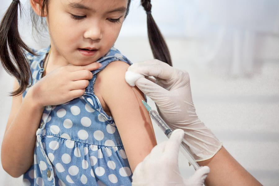 """AHEF """"aşı""""nın önemine dikkat çekiyor!"""
