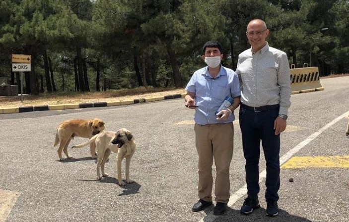 CAHİDE'nin bayram beslemesine Başkan ve Kaymakam'dan destek