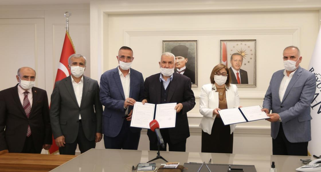 Büyükşehir ile TUNAS Helva, Sosyal Tesis için protokol imzaladı