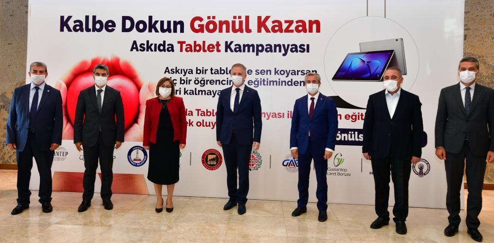 Gaziantep'te Askıda Tablet Kampanyası Başlatıldı