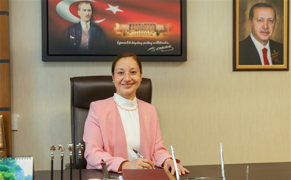 Milletvekili Dr. Derya Bakbak'tan Mevlid-i Nebi Gecesi mesajı