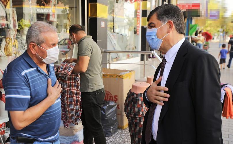 Başkan Fadıloğlu, Esnaf ve Vatandaşların sorunlarını dinlemeye devam ediyor