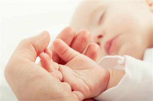 Pandemide prematüre bebek bakımına dikkat!