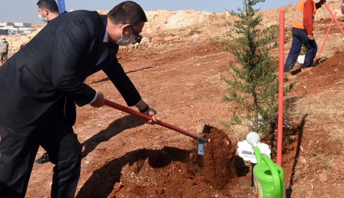 GSO'nun Yılbaşı Hediyesi GAGİAD Ormanına Fidan Bağışı