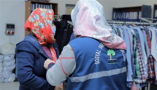 Şehitkamil Belediyesi Vatandaşların Yüzünü Güldürmeye Devam Ediyor