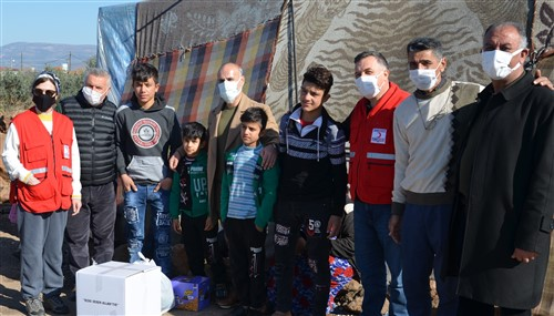 Hatay'daki Suriyeli Mültecilere Gıda Ve Giyecek Yardımı