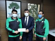 Türkiye Rekortmeni Yüzücülerden Başkan Fadıloğlu'na Ziyaret