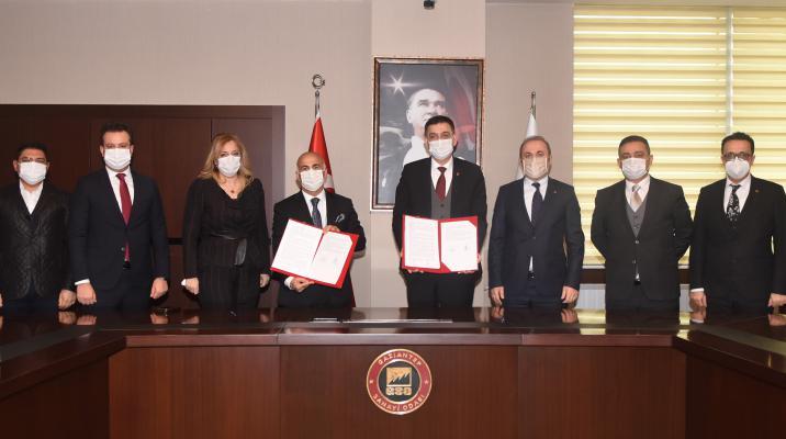 GSO ve  HALKBANK Arasında KOBİ'leri Rahatlatacak Finansman Anlaşması