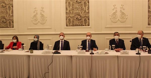 """Numan Kurtulmuş, """"Dünya Sağlık Örgütü Pandemide Aciz Kaldı"""""""