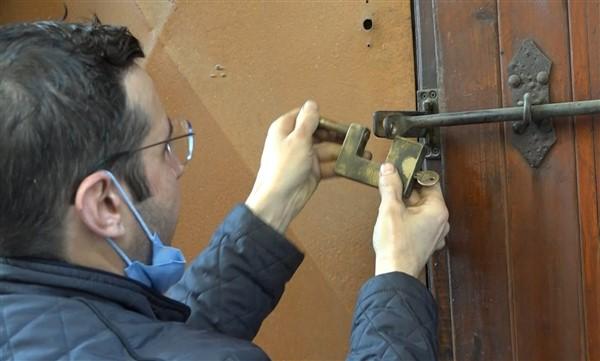 Kırılan Anahtarların Parçaları Saniyeler İçerisinde Birleşiyor