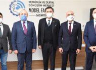 Suhrob Hocimatov Dijital Dönüşüm Merkezi'ni Ziyaret Etti