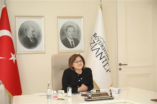Başkan Şahin Güçlü Türkiye'nin Güçlü Kadınlar Zirvesine Katıldı