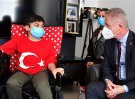 """Vali Gül: """"Bir Çocuk Bir Dilek"""" Kampanyası ile Sevindirdi"""