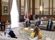 Açıkgöz'e Ödülünü Cumhurbaşkanı Erdoğan Verdi