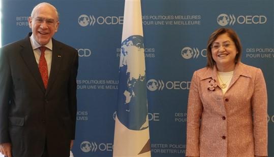 Başkan Şahin OECD Genel Sekreteri Angel Gurría İle Görüştü