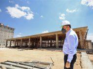 Başkan Fadıloğlu, Gazeteciler Gençlik Kütüphanesi'ni İnceledi