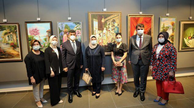 'Hanım Eller' Sergisi, ŞSM'de Açıldı
