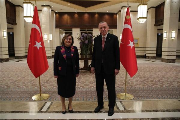 AKP'li Belediye Başkanları Külliyede Buluştu