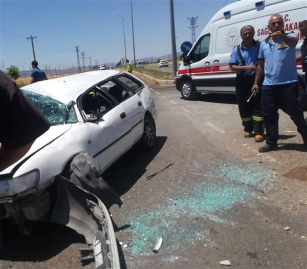 Araban'da Trafik Kazası: 5 Yaralı