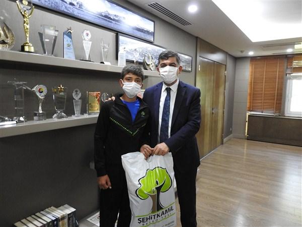 Şehitkamil Belediyesi, Genç Futbol Tutkununa Duyarsız Kalmadı