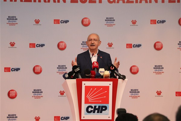 Kılıçdaroğlu, Gaziantep'te Belediye Başkanları Çalıştay'ında Konuştu