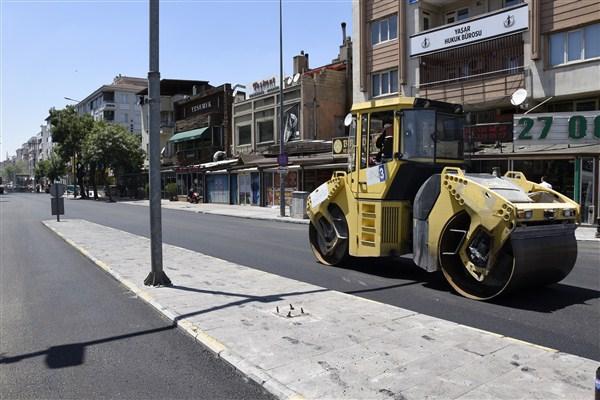 Büyükşehir, Ordu Caddesi'nin Asfatını Yeniledi