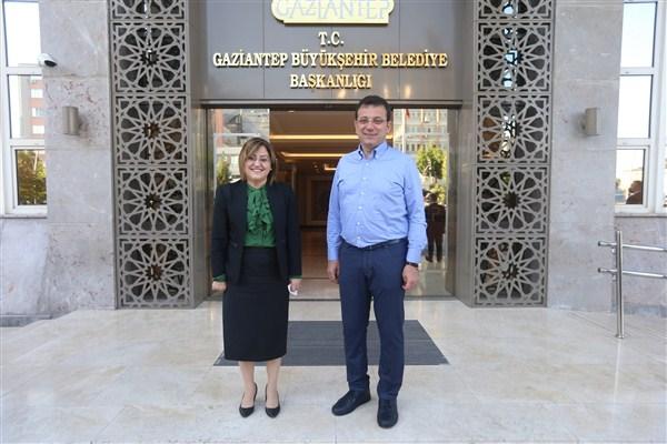 İmamoğlu Başkan Şahin'i Ziyaret Etti
