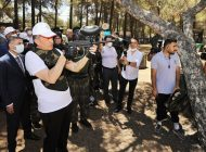 Bakan Selçuk, Şehitkamil Belediyesi Gençlik Kampı'nı Ziyaret Etti