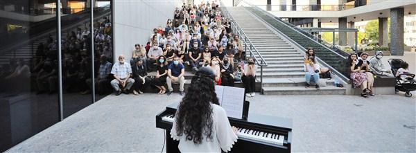 Genç Piyanistler, Hünerlerini Sergilediler
