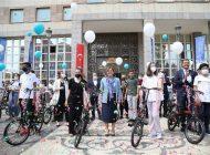 Büyükşehir, LGS'de İlk 50'ye Giren Öğrencileri Ödüllendirdi
