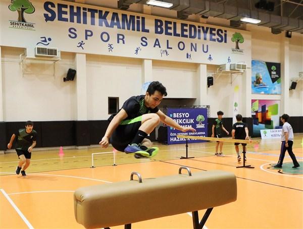 Hedefleri Türk Sporuna Hizmet Etmek