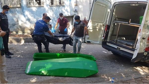 Husumetli 3 Kişi Arasında Çıkan Kavgada Kan Aktı: 1 Ölü, 1 Yaralı