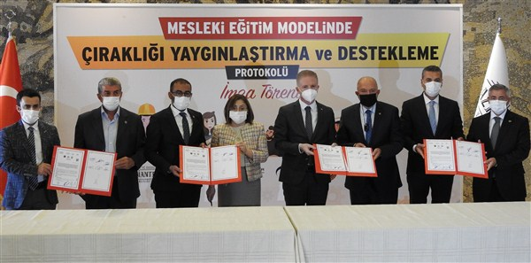Gaziantep'te Çıraklığı Yaygınlaştırmak İçin Protokol İmzalandı